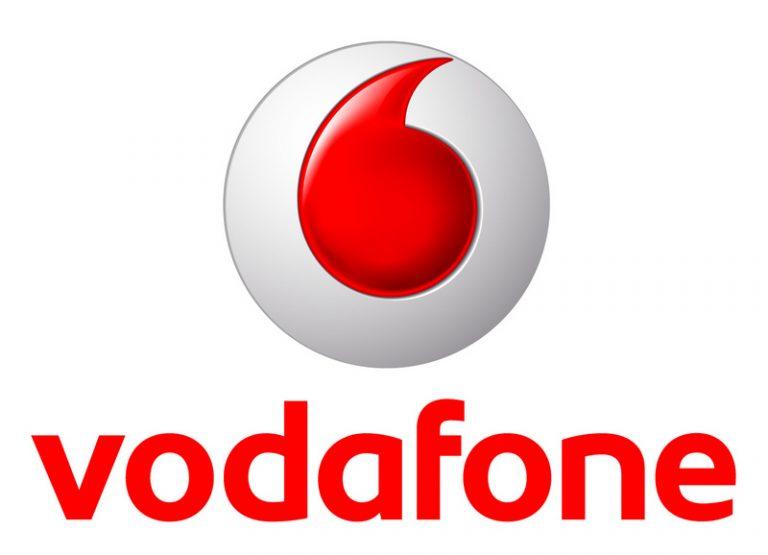 Black Friday Vodafone |  in regalo un Samsung Galaxy A3 2017 con l'acquisto di uno tra