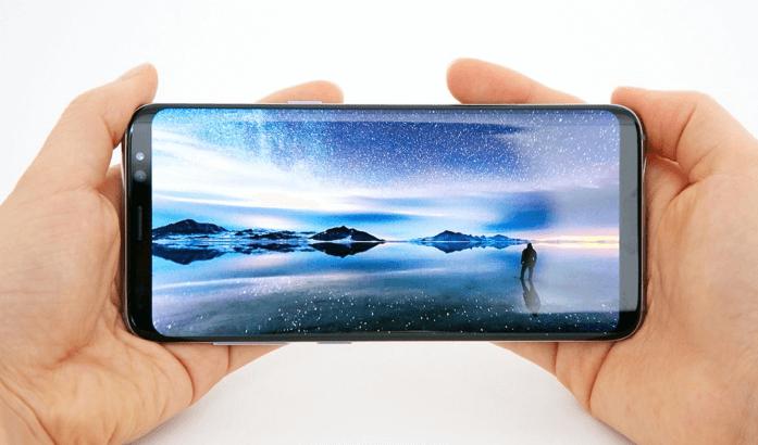 Addio Notch con il nuovo display di Samsung